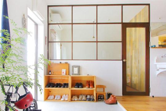 内窓のデザインはS夫妻が好きな『TRUCK』のオーナー夫妻の自宅を参考にした。